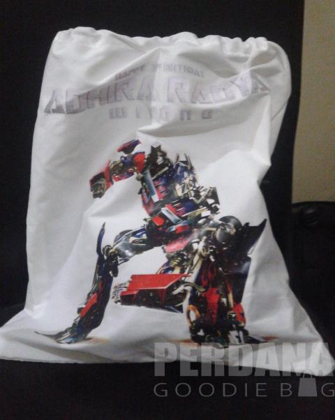 tas-ultah-transformers-perdana-goodie-bag