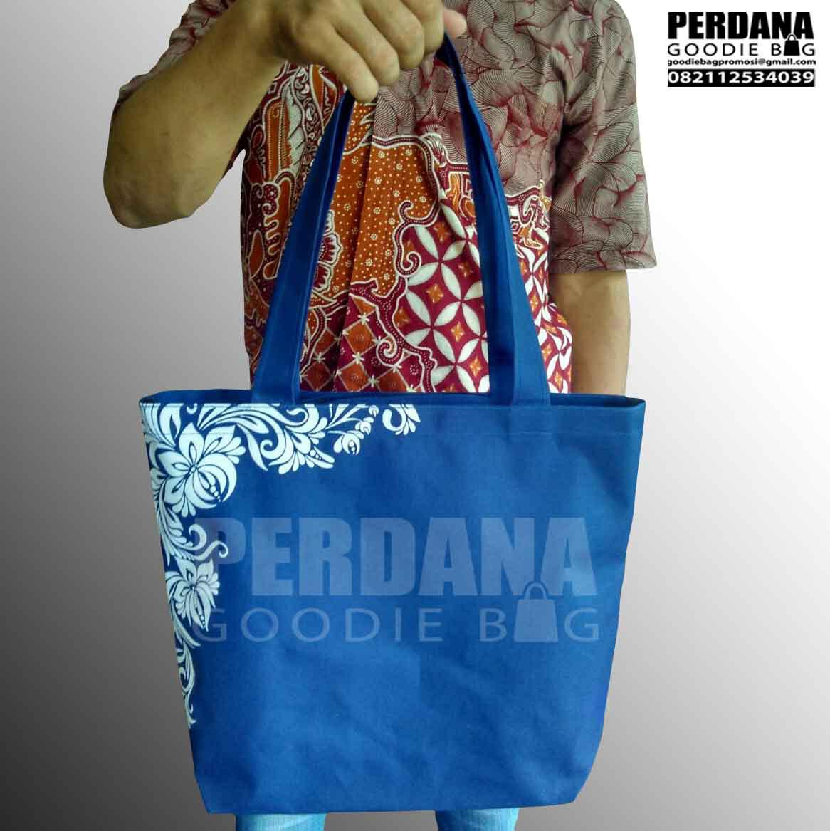 Q2871 goodie bag mengenang 40hr bahan dinier + resleting