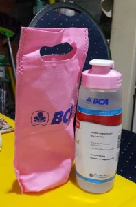 tas kecil untuk botol minum