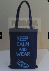 contoh canvas beach bag
