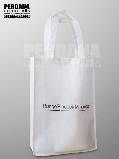 goodie bag promosi spunbond pd indah avira