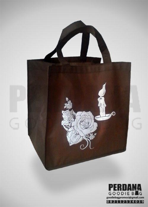 goodie bag spunbond lunch box bunga