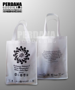 Harga Goody Bag Ramah Lingkungan Sablon 1 Warna 2 Sisi Klien Kebon Jeruk