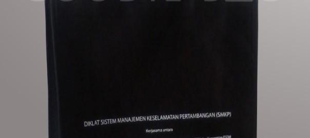 Tas Seminar Kit Bahan Spunbond Sablon Satu Warna