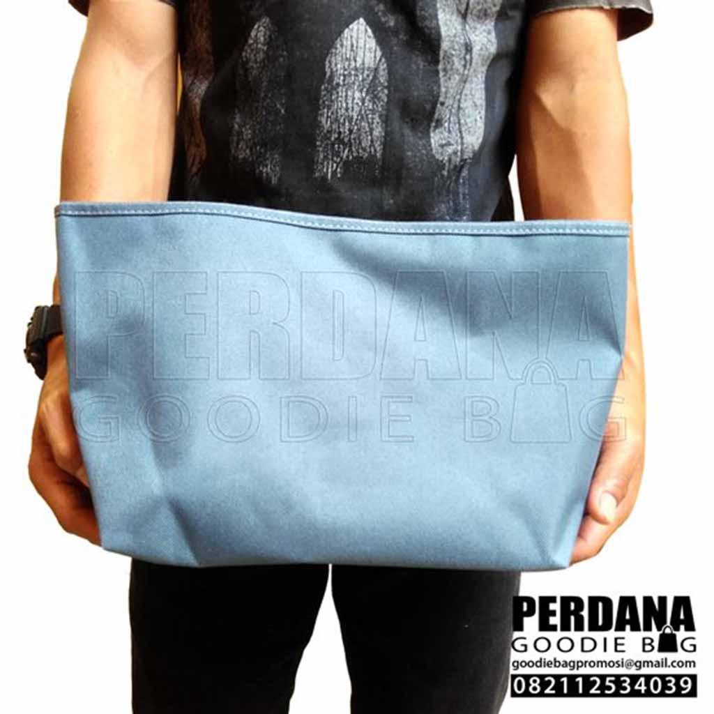 jual pouch dompet bahan dinier lapisan dalam satin Q3667