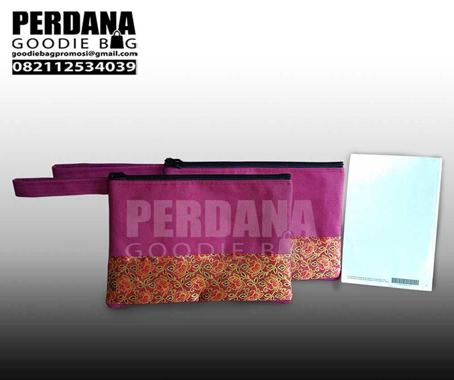 pouch ripstop kombinasi batik by Perdana