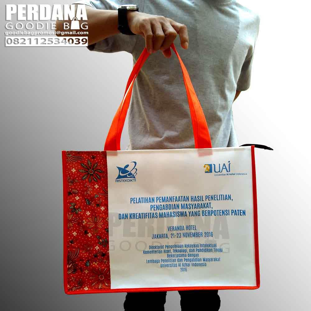 tas-seminar-spunbond-kombinasi-batik-lp2m