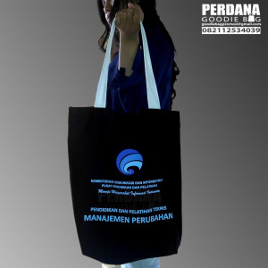 tote-bag-kanvas-murah-sablon-custom