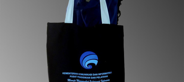 tote-bag-kanvas-murah-sablon-custom