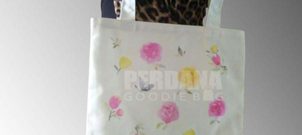 tas-kanvas-printing-produksi-perdana-goodie-bag