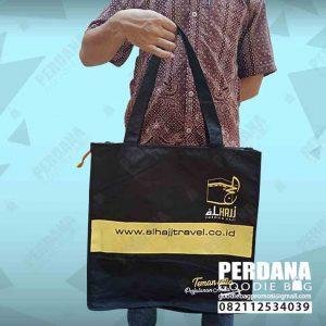 tas untuk travel haji kanvas di Makassar by Perdana id4210