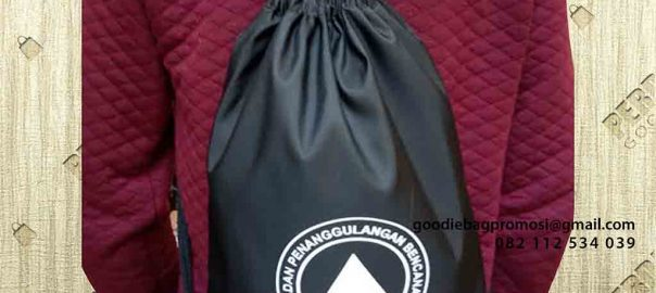 gambar tas serut hitam bahan anti air di Banda Aceh id4983
