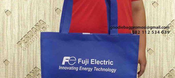 goodie bag souvenir bahan spunbond by Perdana id4404