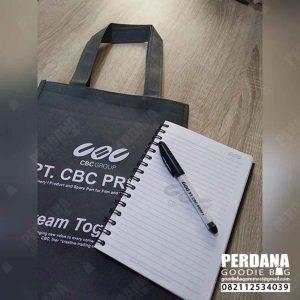 contoh paket tas seminar custom di Perdana