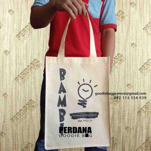 harga goodie bag bahan spunbond di Bintaro by Perdana id5066