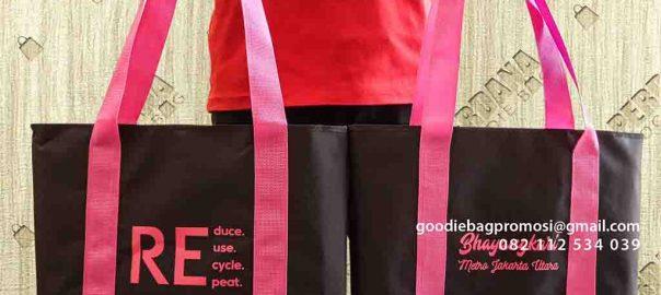 contoh souvenir tas bhayangkari di Pondok Indah by Perdana id5122