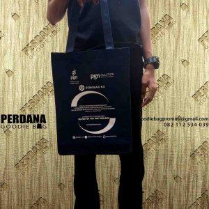 jual souvenir tas murah bahan spunbond dari Perdana Goodie Bag id4951