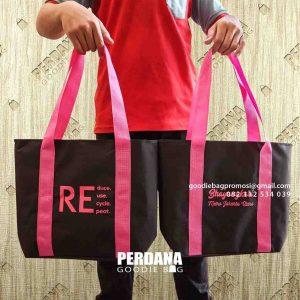 shopping bag model jinjing by Perdana Goodie Bag