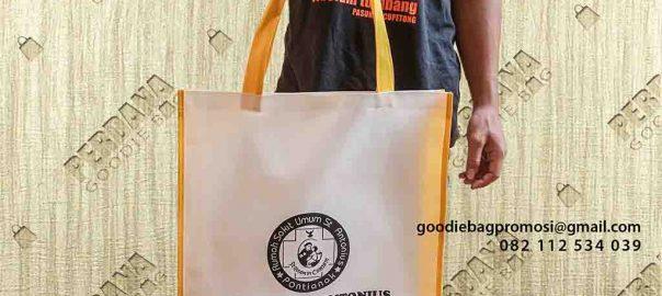 tas goodie bag custom bahan spunbond di Pontianak id5090