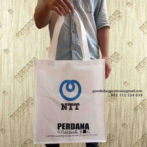 harga tas spunbond sablon murah by Perdana Goodie Bag id6047
