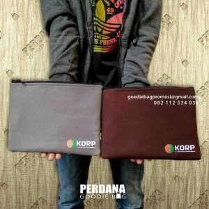 model tas bentuk dompet custom by Perdana Goodie Bag id6488