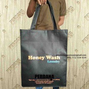 contoh tas laundry kain spunbond jinjing sablon di Cirebon id6845